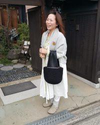 リトアニアリネンウールカシュクールコートと裂き編みバッグ リネンウール、完売いたしました。秋冬再入荷するかもしれません。