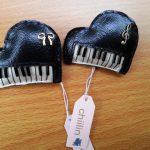 Chiilinさんブローチピアノ